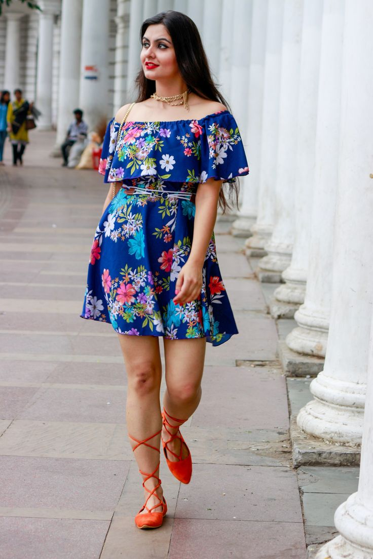 Off-shoulder floral print dress with tie-ups