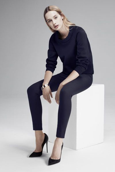 This Is The Minimalist Wardrobe You've Been Dreaming Of #refinery29  http://www.refinery29.com/atea#slide-6