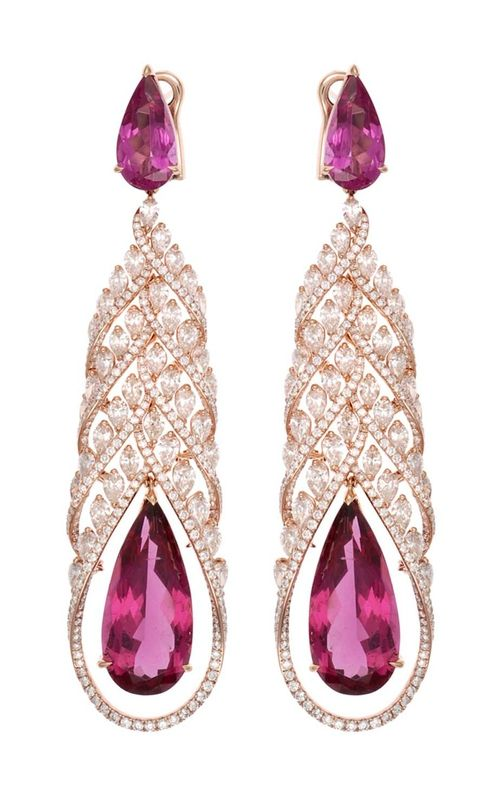 Chopard Red Carpet Collection earrings featuring pear-shaped rubellites surrounded by diamonds, set in rose gold