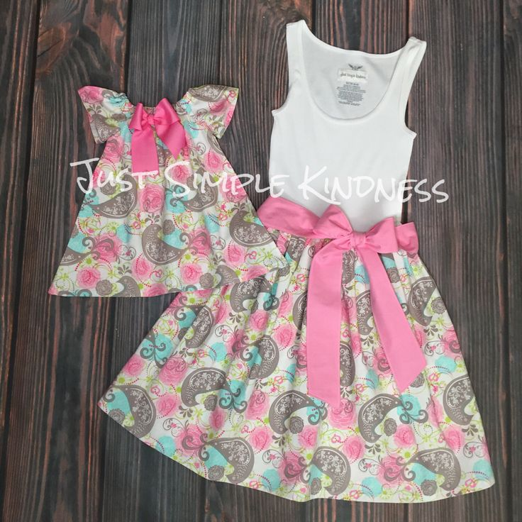 Mommy & Me Dresses. Mother and Daughter Dress. Mother Daughter Matching Dress. Mommy and Me Outfits. Mommy and Me. Mommy and Me Dress. by JustSimpleKindness on Etsy https://www.etsy.com/listing/474753074/mommy-me-dresses-mother-and-daughter