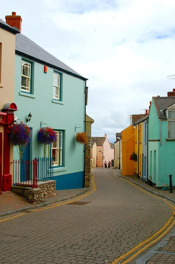 ~ Tenby ~ cobbled streets, pastel homes, and flowers ~ Wales ~ UK ~