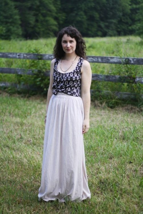5 easy-to-sew maxi skirts -- perfect for summer! #collegestyle #textbooks