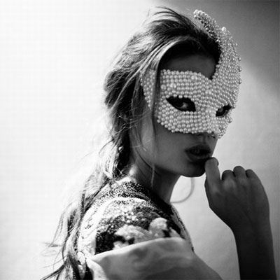: Masque Ball, Masquerades Parties, Self Portraits, Masks Masquerades, Pearls, Beautiful, Sequins, Annie Leibovitz, Fashion Photography