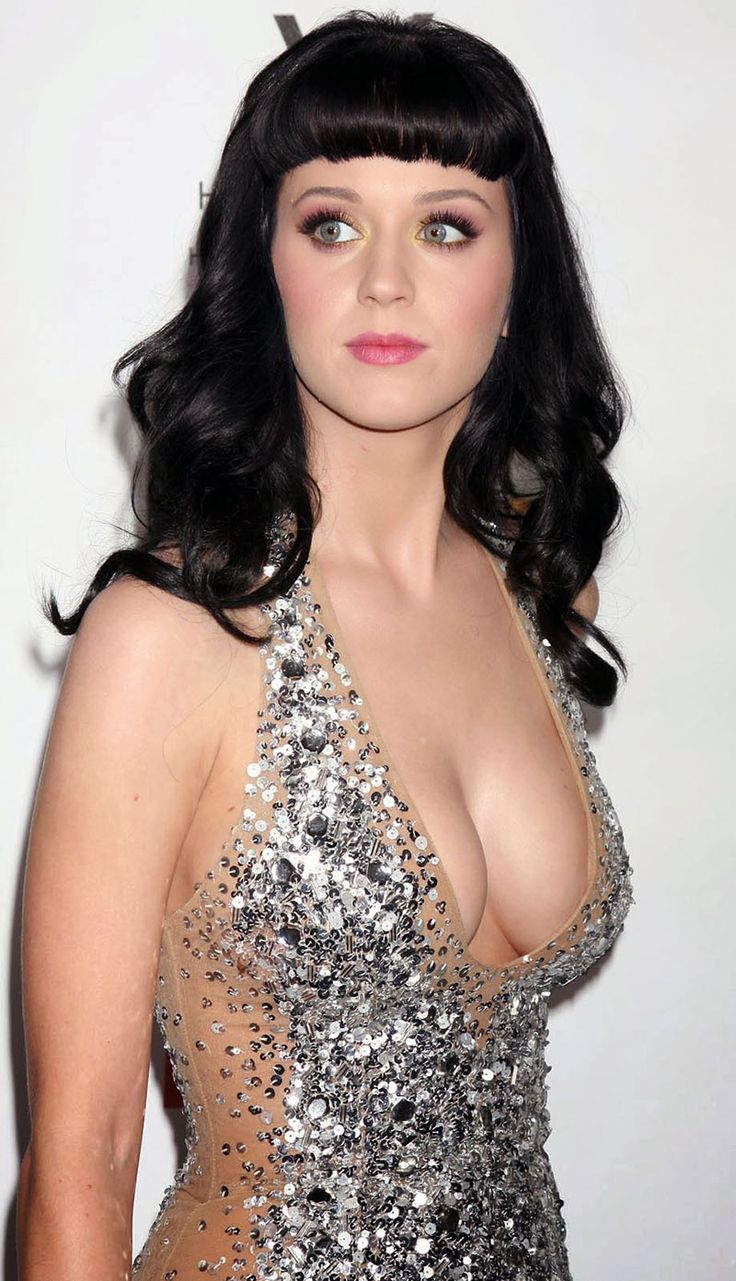http://www.jellyshare.com/article-417/16/25-times-katy-perry-showed-off-more-than-she-should-have/