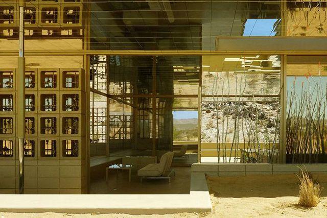 acido dorado, just outside joshua tree...gold dipped oasisAcido Dorado, House Design, Southern California, Guest House, Exterior House, Interiors Design, Joshua Trees, House Interiors, National Parks