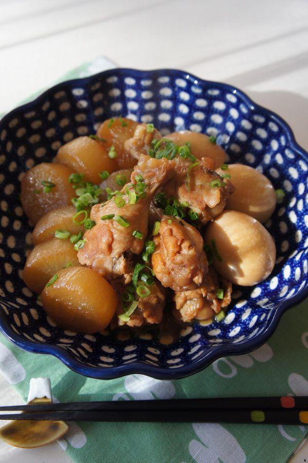 鶏手羽と大根のじんわり煮物 by 楠みどり   レシピサイト「Nadia ...