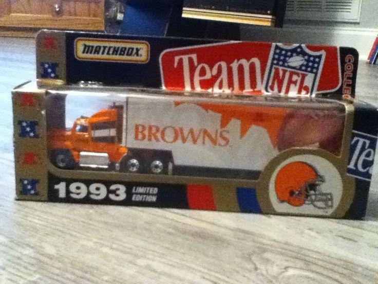 1993 Matchbox NFL Browns Hauler- New In Box #Matchbox #ClevelandBrowns