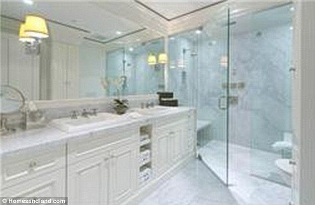 25 best ideas about yolanda foster home on pinterest for Pictures of nice bathrooms