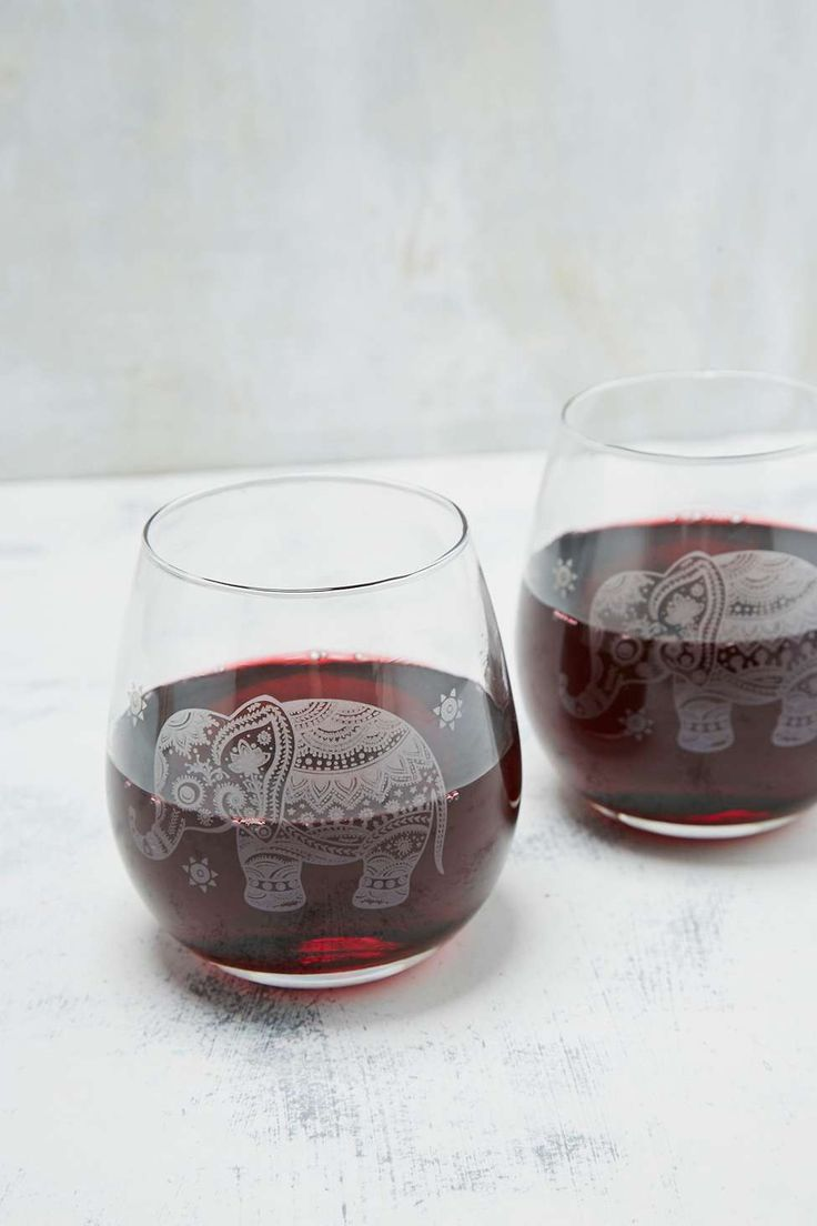 Elephant Wine Glass Set