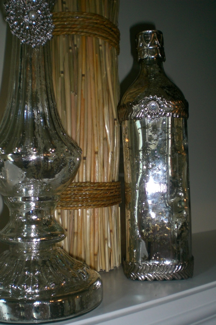 http://onceuponanook.blogspot.com/2012/08/mercury-glass-is-all-craze.html