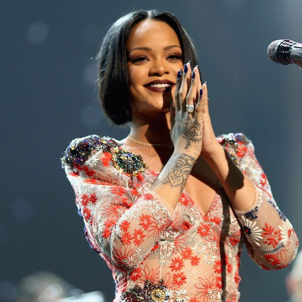 Rihanna Fan Steals The Show With His Amazing Vocals