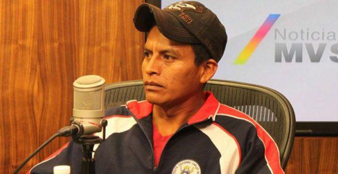 #EPN nos decepciona: Emiliano Navarrete, papá de #normalista de #Ayotzinapa Mas información: http://goo.gl/ly4Jtl