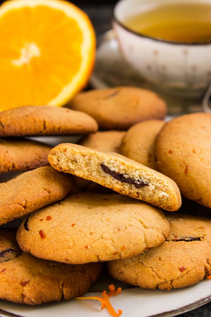 Orange-marzipan chocolate chip biscuits (vegan, gluten-free)