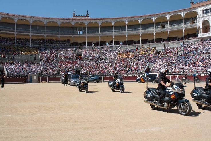 Periodico Digital de Málaga y Provincia – Más de 17.000 escolares y mayores han asistido a la exhibición de unidades especiales de la Policía Nacional en la Plaza de Las Ventas