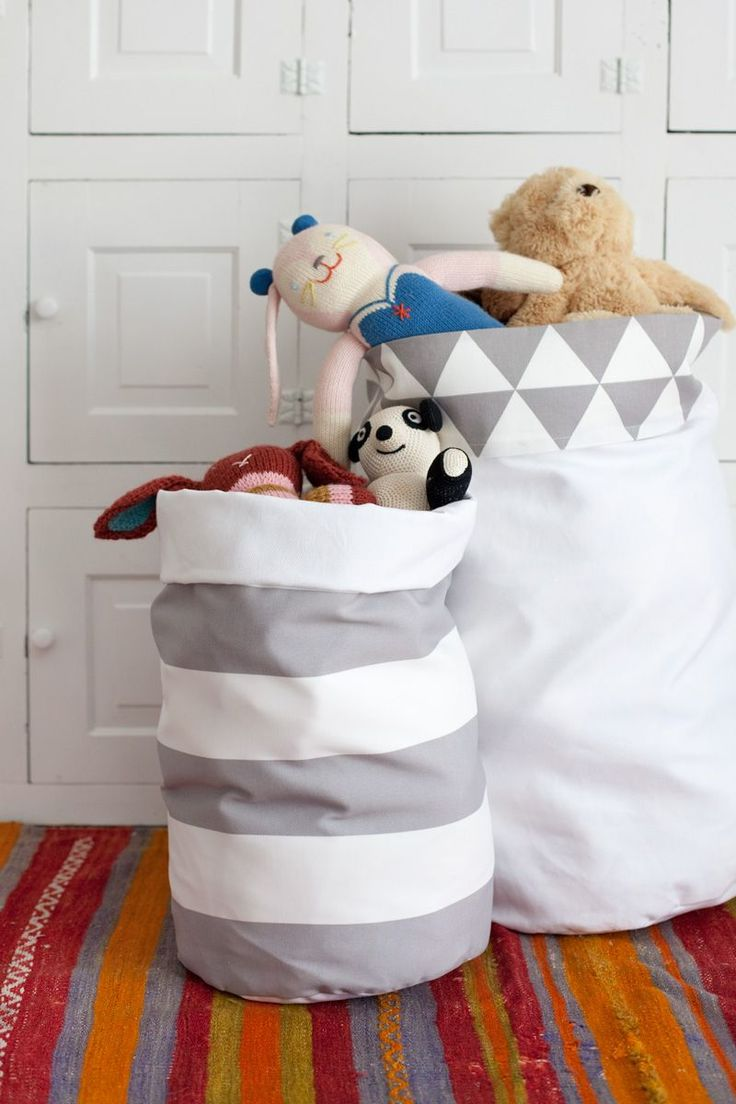 Fabric Storage Bins—They're Reversible! | A Beautiful Mess | Bloglovin: