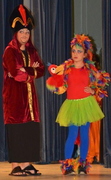 Aladdin Jr Costumes | iago costume | Maria Gomez's Photo