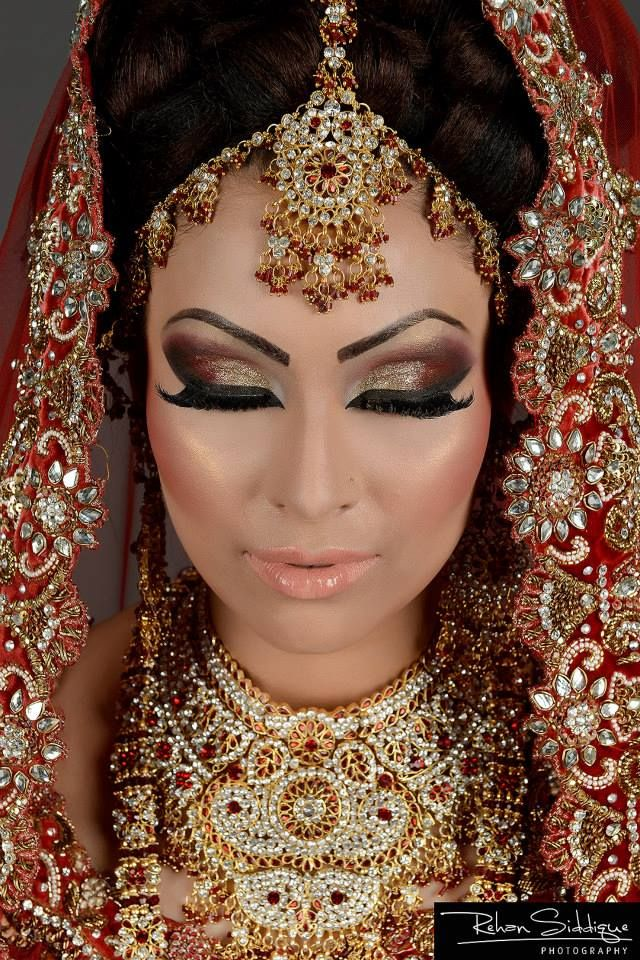 Make up by Arisas Makeovers