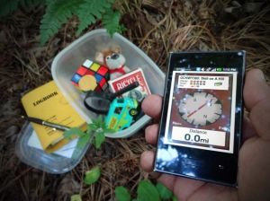 hide, seek, treasure hunting, container, smartphone, compass, toys, Rubiks Cube,… – Electronic Toys