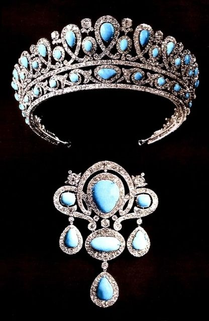 Part of the turquoise parure formerly in the possession of the Greek Royal family.