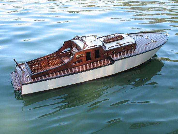 Cabin Cruiser | Scale Model RC Boats in 2019 | Cabin cruiser boat, Cabin cruiser, Boat