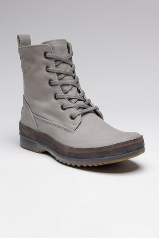 Sorel Woodbine Surplus #JackThreads - They are like hipster hiking boots. For tackling the rough environment of Brooklyn/Portland
