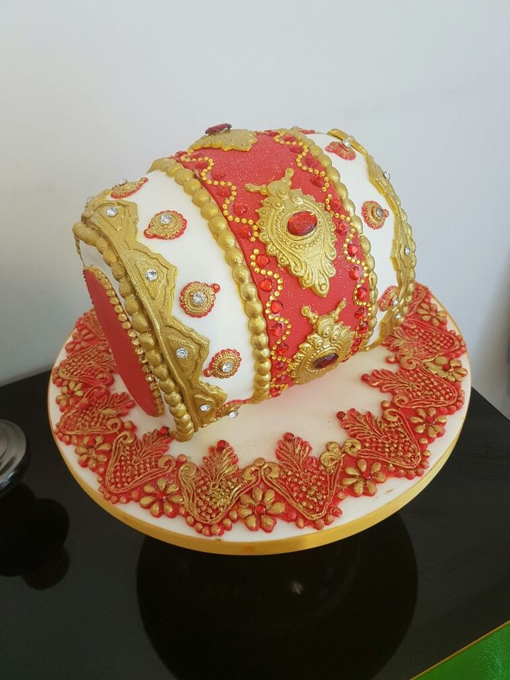 Mehndi Dholki Cake : Best images about mendhi and cinifan cakes on pinterest