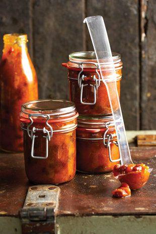 Perske-en-appelkoos-blatjang | SARIE | Peacha and apricot chutney