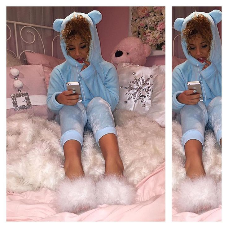Jadah Doll looking cosy with her white marabou feather fluffy sliders.... her rooms so sweet ...