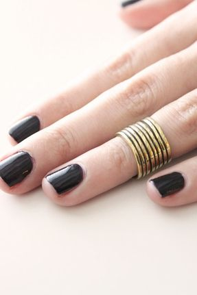 SunaharA Sonic Mid Knuckle Ring in Gold