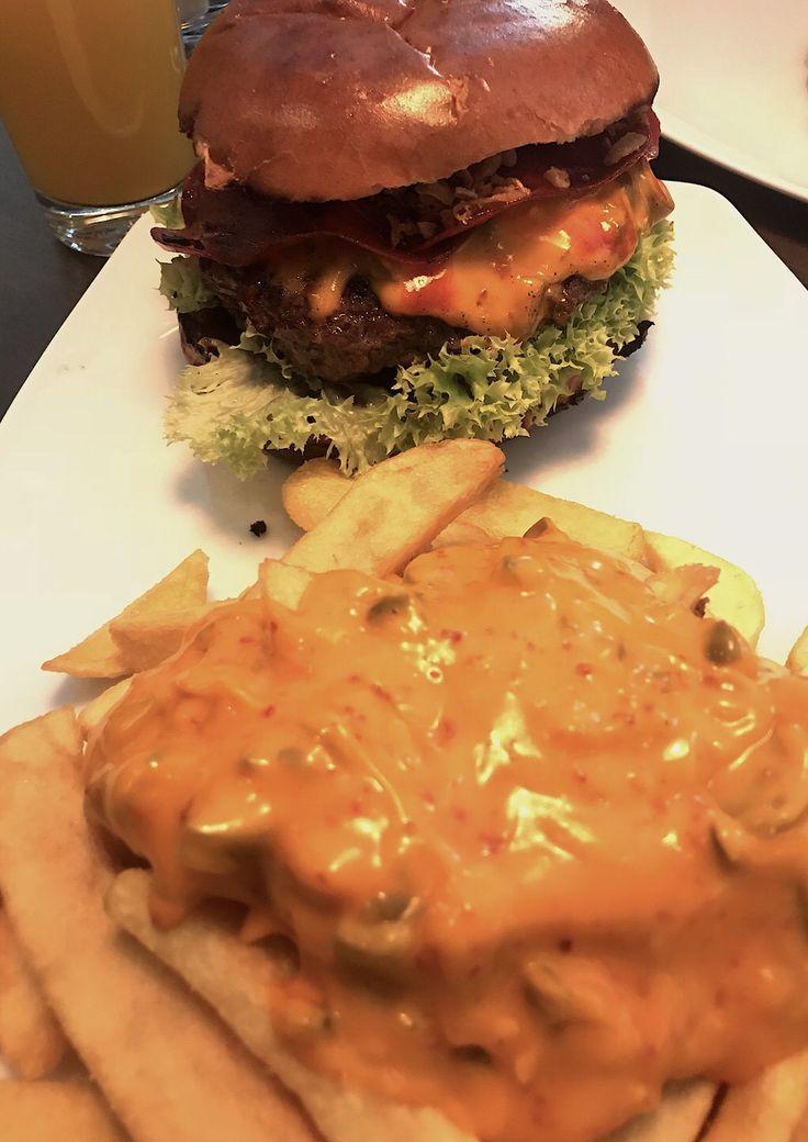 Burger In Stuttgart 23 best food outside burger and schnitzel images on