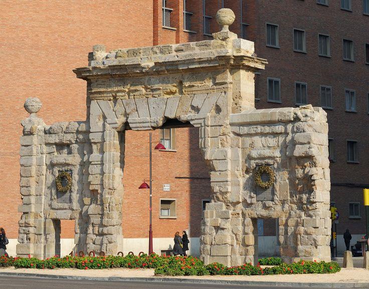 Efe22 - Puerta de Carmen, Zaragoza