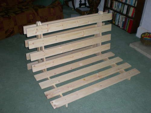 How To Make A Fold out Sofa/Futon/Bed Frame - Upgrading the 'staple pallets' idea