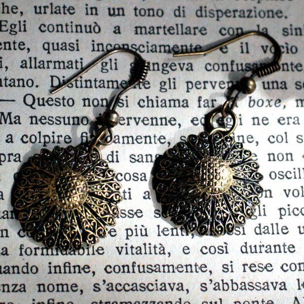 Orecchini pendenti - Orecchini pendenti in bronzo anticato - un prodotto unico di LeCoucouMagnifique su DaWanda