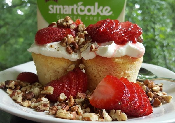 Low Carb Cupcakes, Gluten Free and a LCHF Dessert with cream cheese and pecans: http://www.travelinglowcarb.com/smartcake