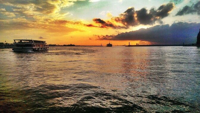 #istanbul #cloud #boat #hdr