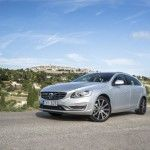 2015 Volvo V60 Wagon Side Photos View 150x150 2015 Volvo V60 Review Specs and Features