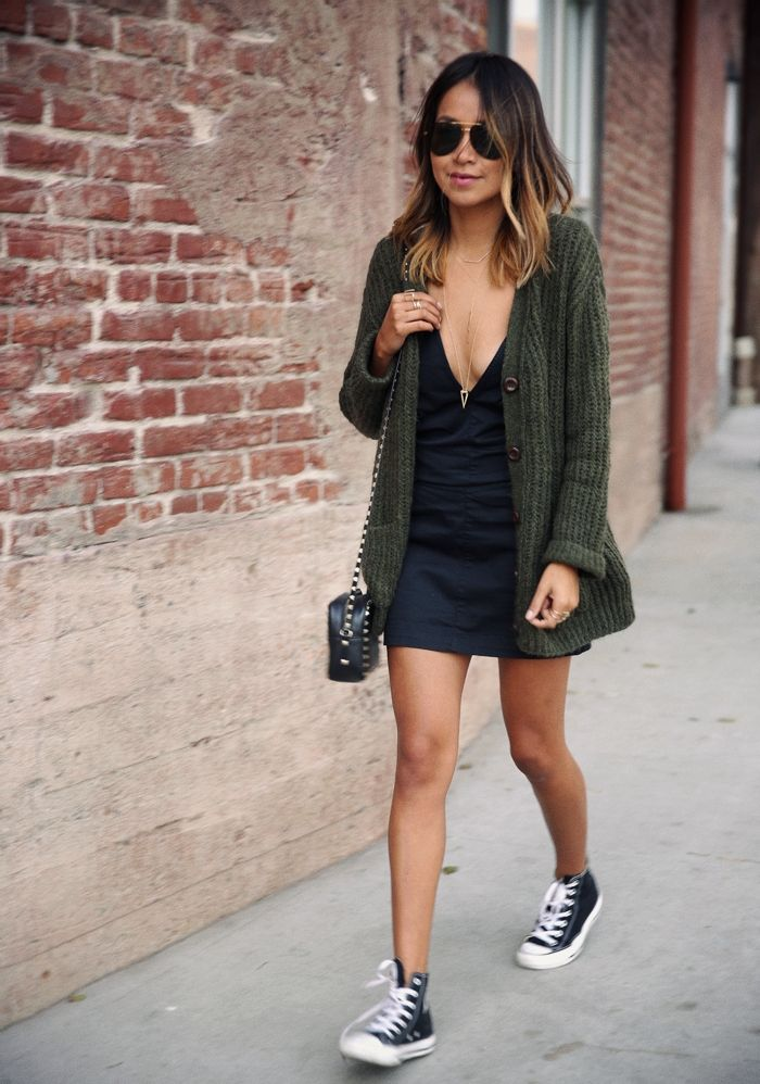 sincerley jules x black dress x olive cardi x a lot of gold jewelery x sneakers