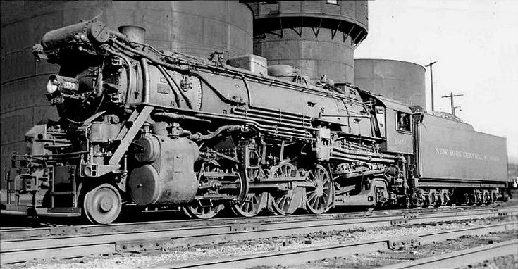 Richard Leonard's New York Central Collection -- Pittsburgh & Lake Erie NU-1b 0-8-8-0 9090