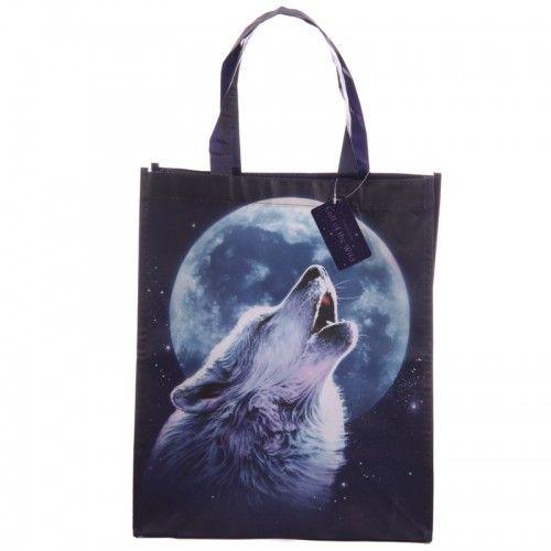 Voor de wolvenliefhebber een prachtig cadeau!  Wolven tas met huilende wolf afbeelding. Deze shopping bag is gemaakt van polypropyleen, een gelamineerd plastic om het sterk, duurzaam en makkelijk reinigbaar te maken. Hoogte 40cm Breedte 33cm Diepte 18cm   Beperkte oplage.