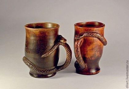 Керамика Dilь_art кружка со змеей керамическая кружка оригинальная кружка необычная кружка  гончарная кружка в подарок глиняная посуда авторская кружка молочный обжиг пивная глиняная кружа для пива