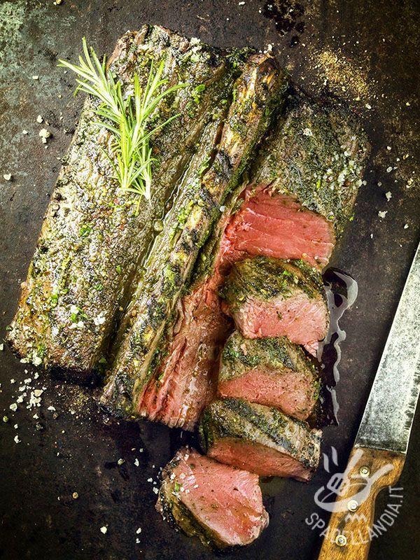 Il Filettino alle spezie è una ricetta di secondo di carne tipica del Ticino e della zona ticinese. Provatela per sperimentare un piatto aromatico e ricco!