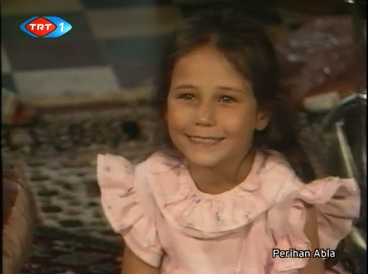 Perihan Abla 1.Bölüm Tek Parça-Perran Kutman,Şevket Altuğ,Burçin Terzioğ...
