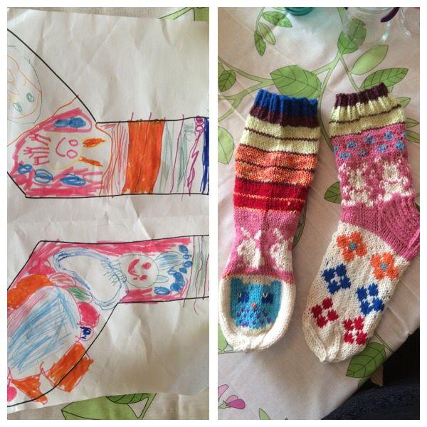 Tyttären suunnittelemat villasukat äitienpäiväksi Mummalle.  Tytär 6v. Suunnitteli, minä toteutin