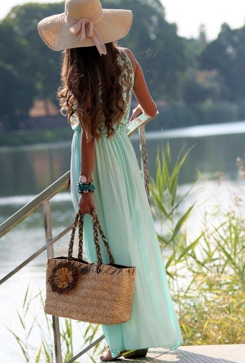 <3 mint maxi dress and hellllllo I need that hat <3