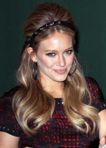 Hilary Duff Long Retro Hairstyle With Headband Disney Stars