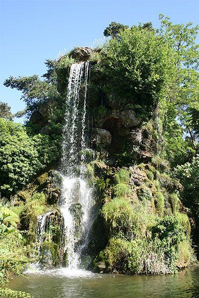 Parc de Bagatelle au Bois de Boulogne. Paris 16e