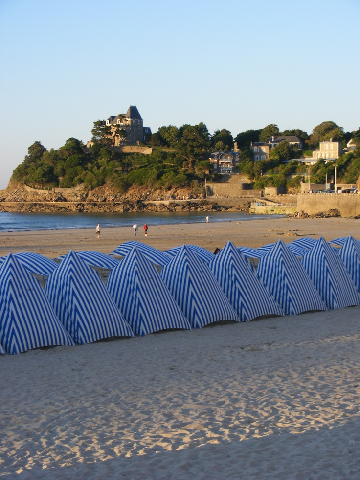 Four reasons to visit Brittany (from child to grown-up ...  |Beach Bretagne France