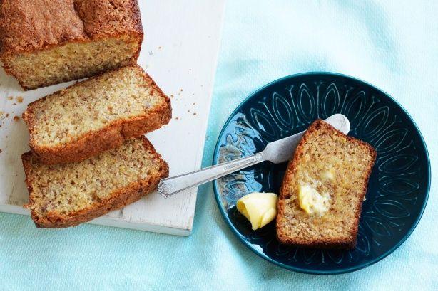 How to make Easy banana cake (recipe)