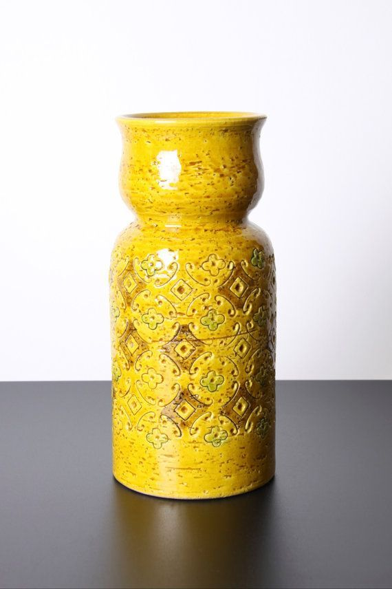 Bitossi Yellow Spagnolo Vase Italian Pottery