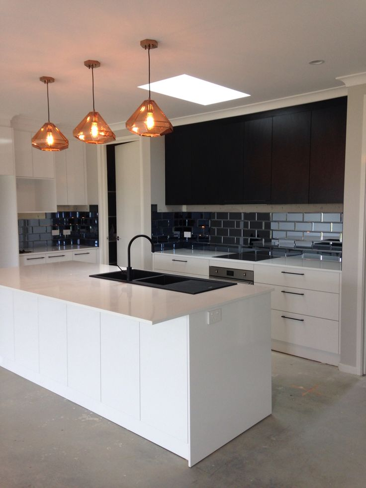 Kitchen Cupboards And Countertops